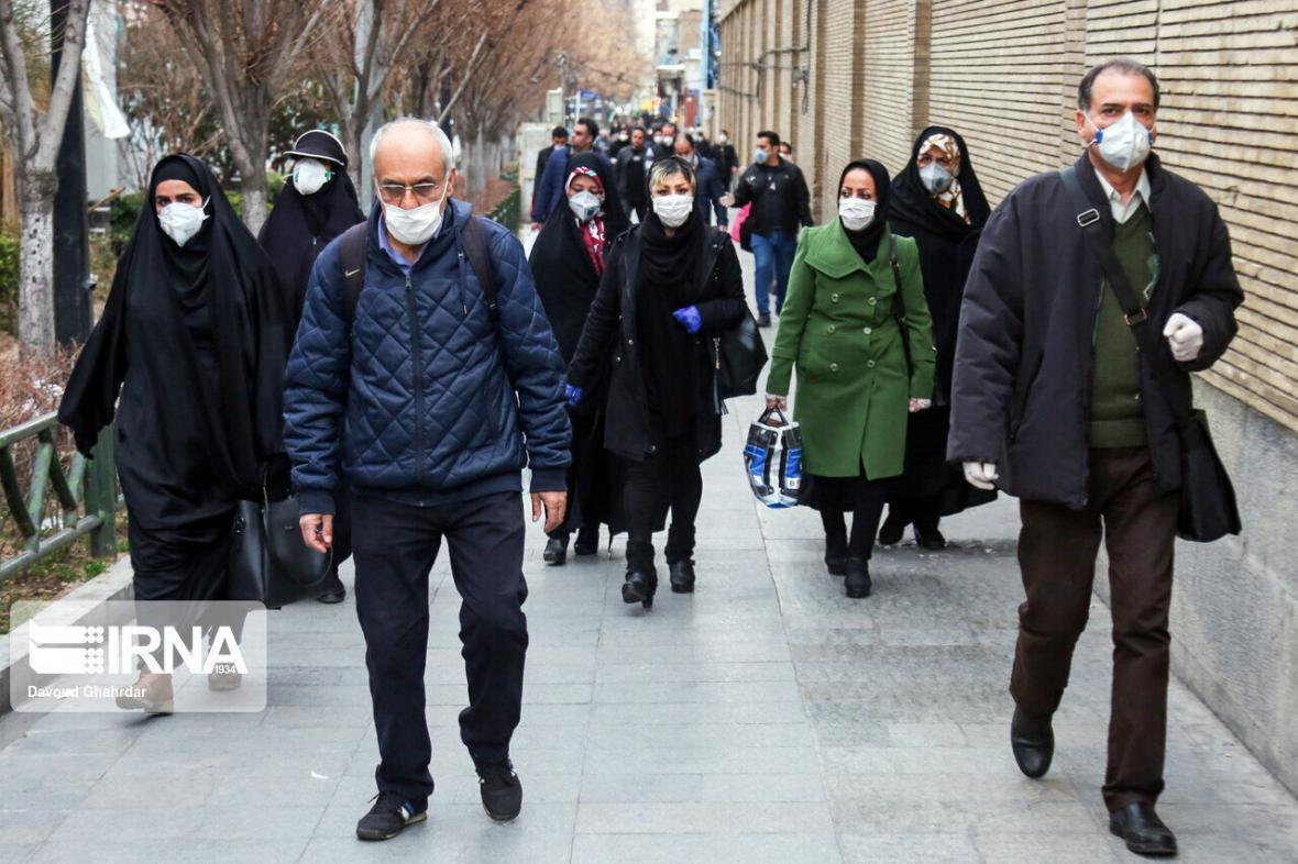 خبرنگاران مردم از عمل به توصیه های بهداشتی خسته نشوند